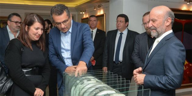 """""""Cumhuriyet sergisi"""" Kıbrıs Sanat Merkezi'nde açıldı"""