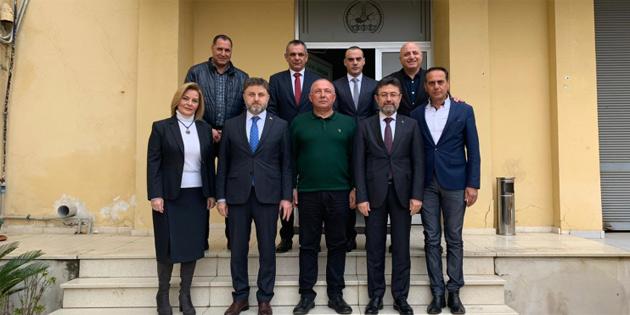 GÜBRETAŞ ve Türkiye Kredi Kooperatifleri yöneticileri KKTC'de buluştu