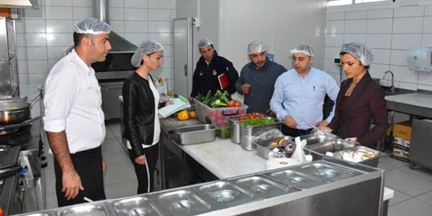 """Girne'de Gıda İşletmeleri """"gece baskınlarıyla"""" denetleniyor"""