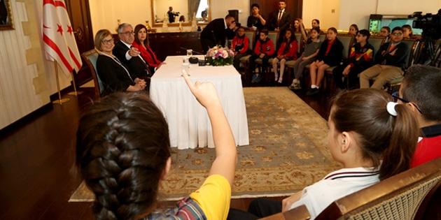 Cumhurbaşkanı Akıncı, çocuklara kitap okuma tavsiyesinde bulundu