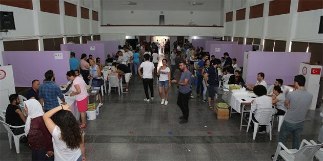 Türkiye'deki seçimler için oy kullanmada son gün