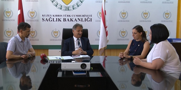 Sağlık Bakanı Pilli, Evrensel Hasta Hakları Derneği yetkililerini kabul etti