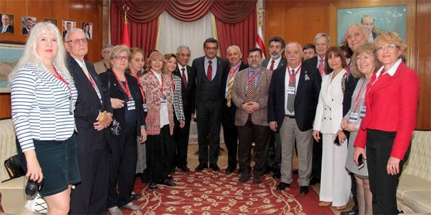 Başbakan Erhürman, Dünya Turizm Yazarları ve Gazetecileri Federasyonu heyetini kabul etti