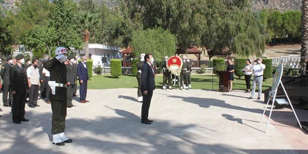Gaziler Günü nedeniyle Lefkoşa'da Atatürk Anıtı önünde ve Boğaz Şehitliği'nde tören düzenlendi