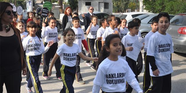 Dünya Çocuk Hakları Günü yürüyüşü düzenledi