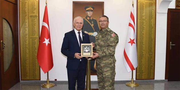 Töre, GKK Komutanı Tuğgeneral Altan Er'i ziyaret etti