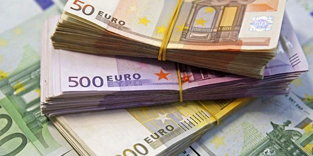 İrlanda'dan KŞK'ye 25 bin Euroluk yardım