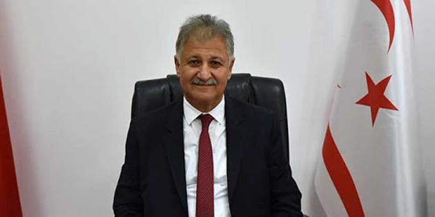 """Sağlık Bakanı Pilli: """"Kapanmak için değil açılmak için uğraşıyoruz"""""""