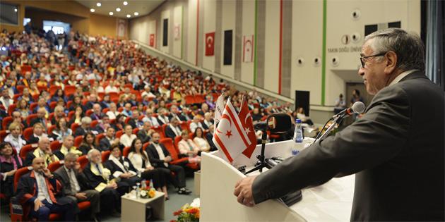 Özay Günsel Çocuk Üniversitesi 2018-2019 Akademik yılı açılışı Cumhurbaşkanı Mustafa Akıncı'nın verdiği dersle gerçekleştirildi