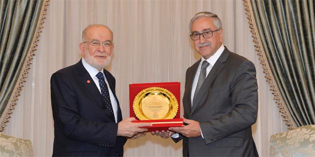 Cumhurbaşkanı Akıncı Karamollaoğlu'nu kabul etti