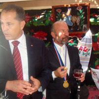 Gagauzya'dan Suat Günsel'e Şeref Madalyası