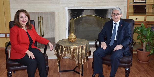 TC Lefkoşa Büyükelçisi Kanbay, Sağlık Bakanı Besim'i ziyaret etti