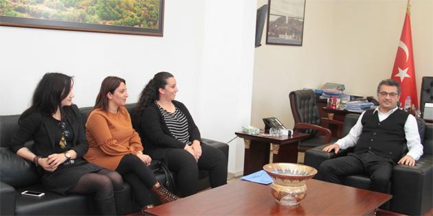 Başbakan Erhürman Evrensel Çocuk Hakları Derneği'ni kabul etti