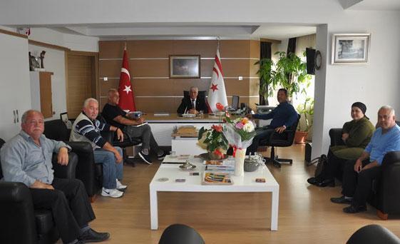 Muhtarlar Birliği, Mahmut Özçınar'ı ziyaret etti