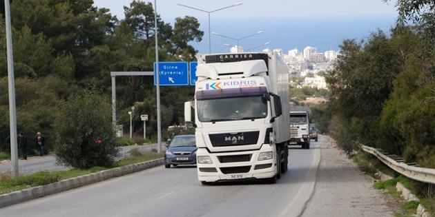"""""""5 bin kilogram ve daha ağır kamyonların 07.00-08.00 saatleri arasında trafiğe çıkması yasak"""""""