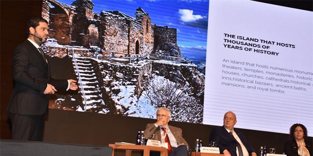 Savaşan, Bursa'da düzenlenen turizm zirvesi'ne katıldı