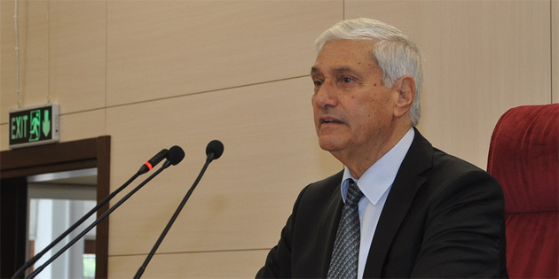 Geçici Meclis Başkanı Angolemli, Polis Genel Müdürü Manavoğlu'ndan bugünkü olaylar hakkında bilgi aldı
