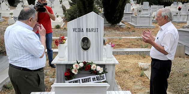 Vedia Barut, ölümünün 14. Yıldönümünde mezarı başında anıldı