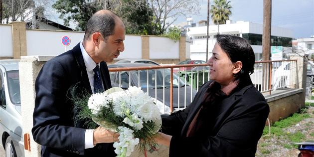 Özersay, Türk Ajansı Kıbrıs'ı ziyaret etti