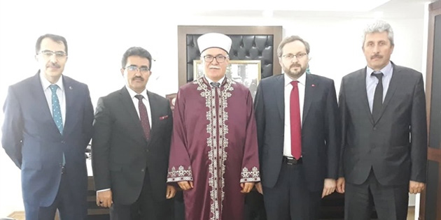 TC Diyanet İşleri Başkan Yardımcısı Argun, Din İşleri Başkanı Atalay'ı ziyaret etti