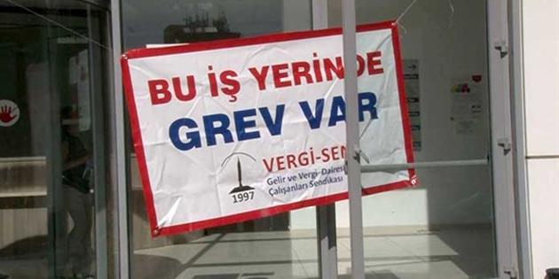Trafik Dairesi Ehliyetler Birimi ve Motorlu Araçlar Girne Şubesi'nde süresiz grev başlatıldı