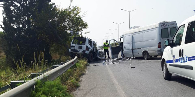 Lefkoşa-Girne ana yolunda meydana gelen kazada 4 kişi yaralandı