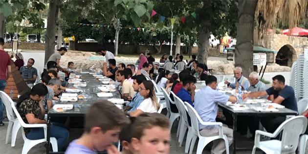Yarder'in iftar programları sürüyor