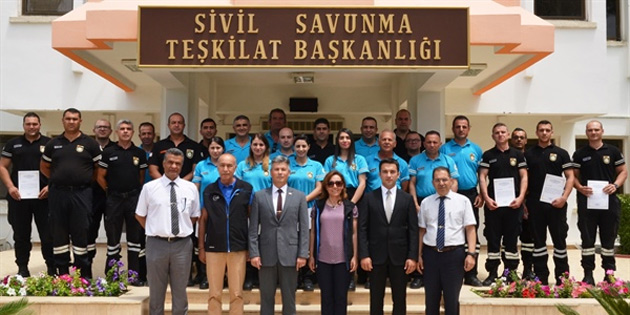 Sivil Savunma personeline 'Temel Afet Bilinci Eğitmen eğitimi' verildi