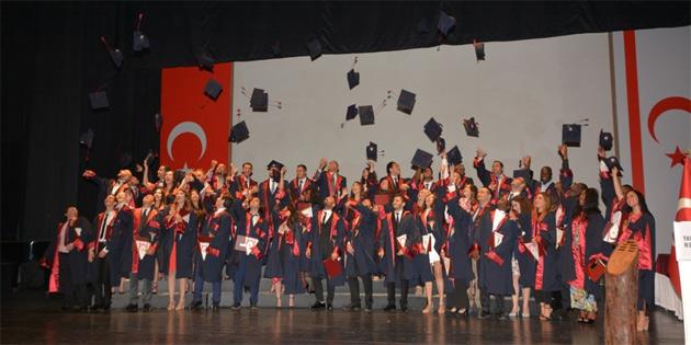 YDÜ Tıp Fakültesi mezuniyet töreni yapıldı