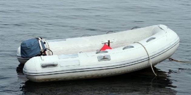 Gazimağusa'da su alan zodyağın içindekiler yüzerek kurtuldu