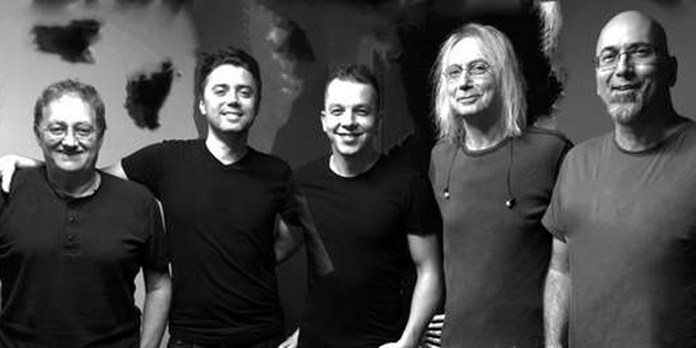 Bulutsuzluk �zlemi 26 Temmuz'da Girne'de Konser Verecek