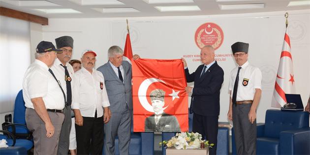 Töre, Tekirdağ Kapaklı Belediyesi Gaziler Derneği'ni kabul etti