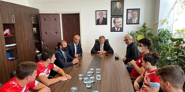 """Arıklı: """"Kıbrıslı Türk sporcular, ambargoları delmenin bir simgesidir"""""""