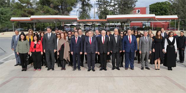 Lefkoşa Atatürk Anıtı'nda tören düzenlendi
