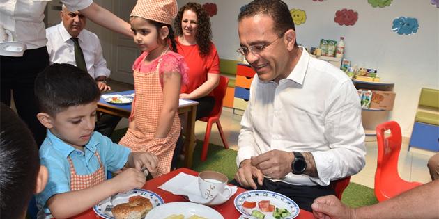 Şahali, çocuklarla birlikte kahvaltı yaptı