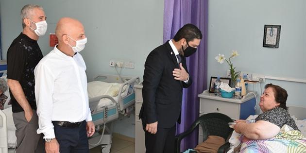 Savaşan ve yönetim kurulu üyeleri, Bülent Ecevit Rehabilitasyon Merkezi'ni ziyaret etti