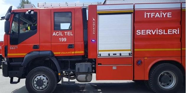 Akdeniz ve Zümrütköy'de yangın