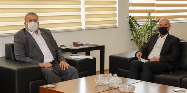 Uyuşturucu ile Mücadele Komisyonu Gazimağusa Belediye Başkanı Arter'i ziyaret etti