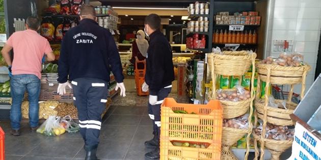Girne Belediyesi bölgedeki marketlerin hijyen uygulamalarını kontrol etmeye devam ediyor