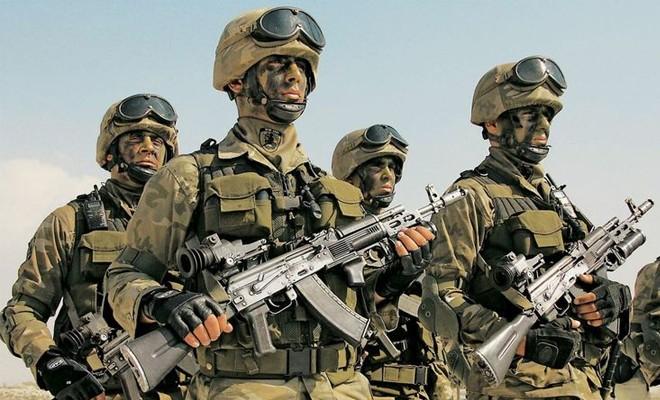 Profesyonel askerler g�reve ba�l�yor