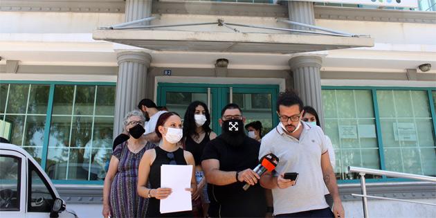 Bağımsızlık Yolu özel sektör çalışanları için Çalışma Bakanlığı önünde basın açıklaması yaptı
