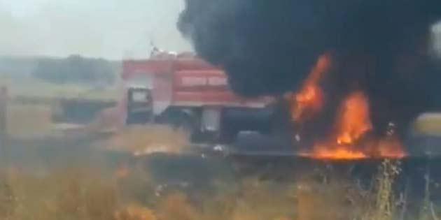 Pınarlı-Ulukışla arasındaki arazi yangınına müdahale eden itfaiye aracı da yandı