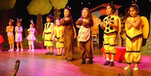 Lefko�a belediye tiyatrosu �ocuk ekibi yeni sezon kay�tlar� ba�lad�