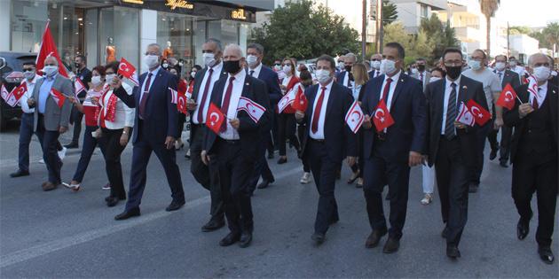 Lefkoşa'da tören ve yürüyüş düzenlendi