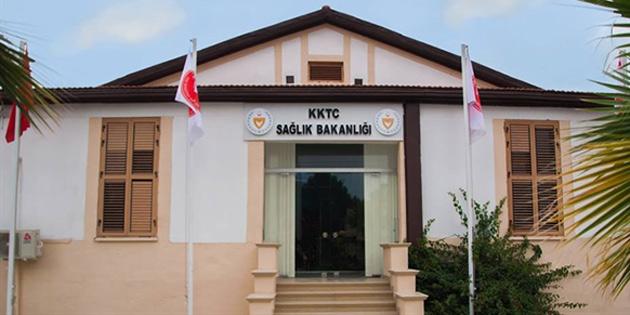 Sağlık Bakanlığı izolasyon sürecinin 7 gün daha uzatılmasının gerekli görüldüğünü duyurdu
