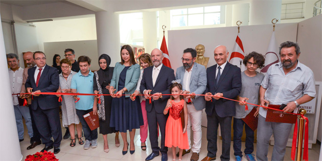 """""""Türkiye-Azerbaycan sanatçıları sergisi""""ni İçişleri Bakanı Baybars açtı"""