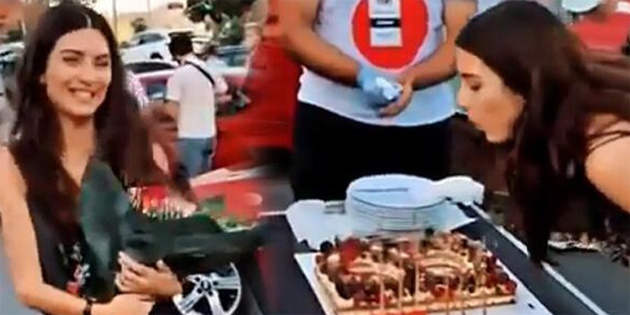 Tuba Büyüküstün'e sette doğum günü kutlaması!