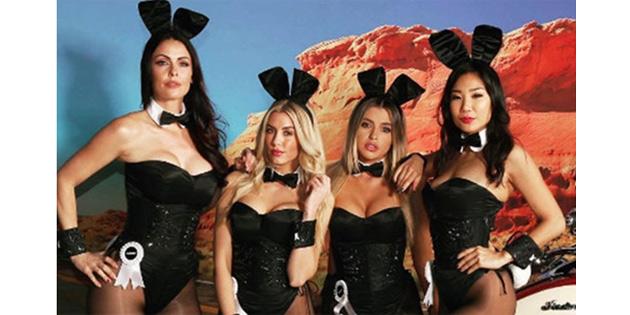 Playboy yeniden çıplaklığa dönüyor!