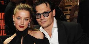 Johnny Depp �ark�n�n s�zlerini unuttu