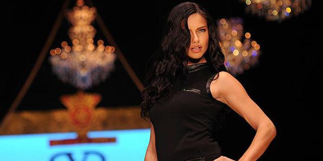 Adriana Lima Antalya'ya geliyor